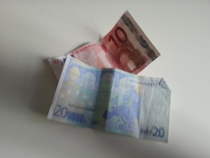 19_moneymoney